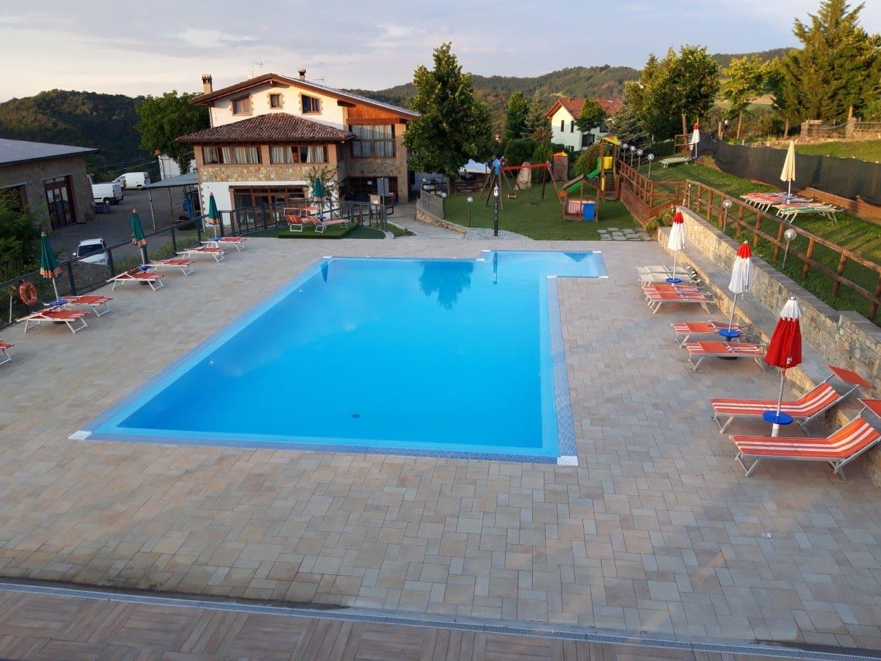 Agriturismi-con-piscina-a-Modena-Casa-Minelli