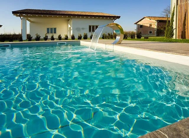Agriturismi-con-piscina-a-Modena-Le-Vigne-della-Duchessa