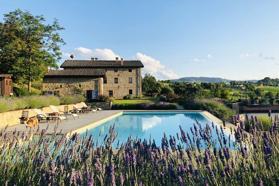 Agriturismi-con-piscina-a-Modena-Podere-Prasiano