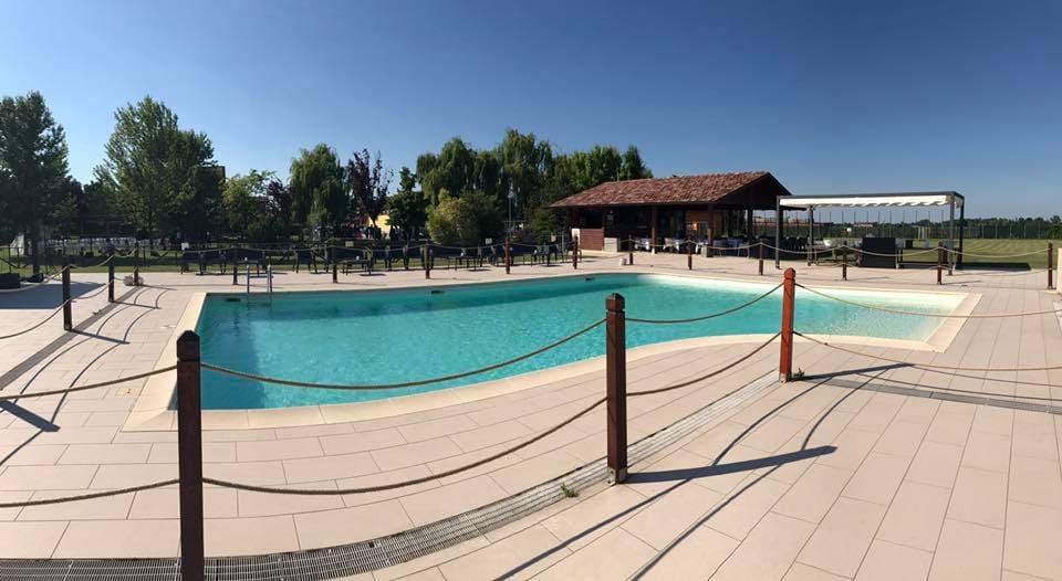 Agriturismi-con-piscina-a-Modena-rubbio