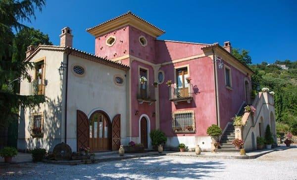 Agriturismo-Casa-di-Campagna-I-Tre-Tigli-Salerno