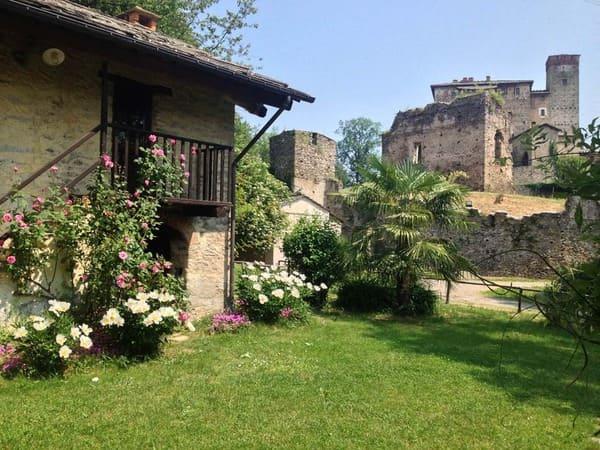 Agriturismo-Cascine-del-Castello-di-Bagnolo-Piemonte