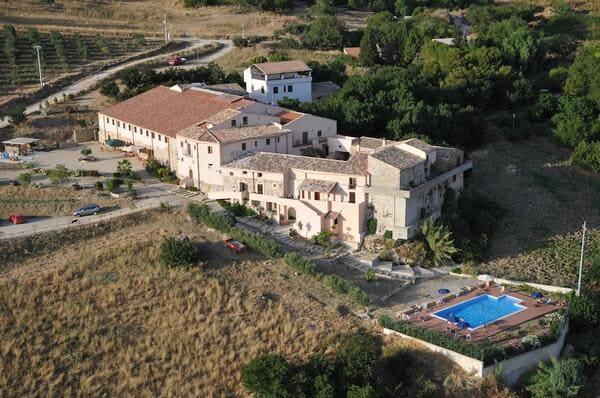 Agriturismo-Masseria-La-Chiusa-Palermo