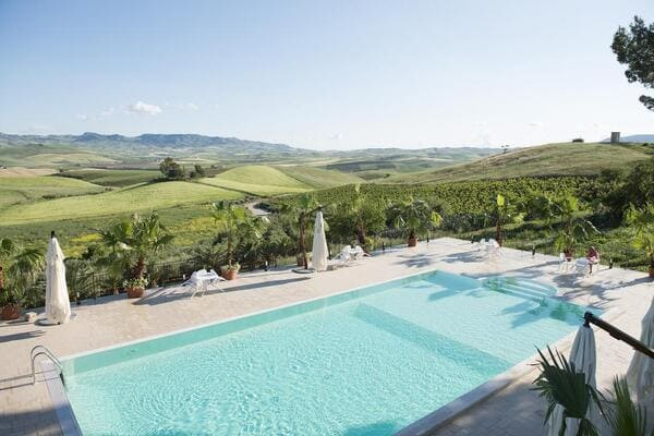 Agriturismo-Sirignano-Wine-Resort-Palermo