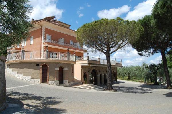 Ristorante-Agriturismo-Tenuta-Quarto-Santa-Croce-Lazio-dove-si-mangia-bene