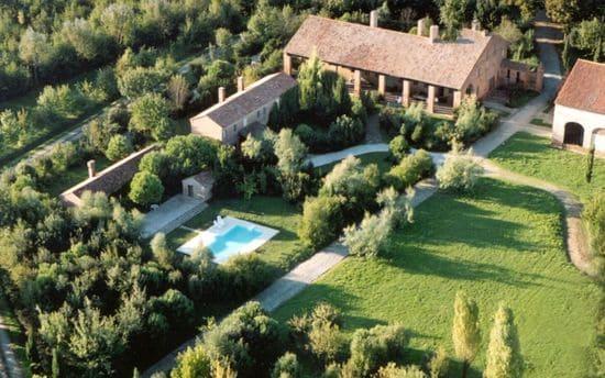 agriturismo-Veneto-con-piscina-Tenuta-Castel-Venezze