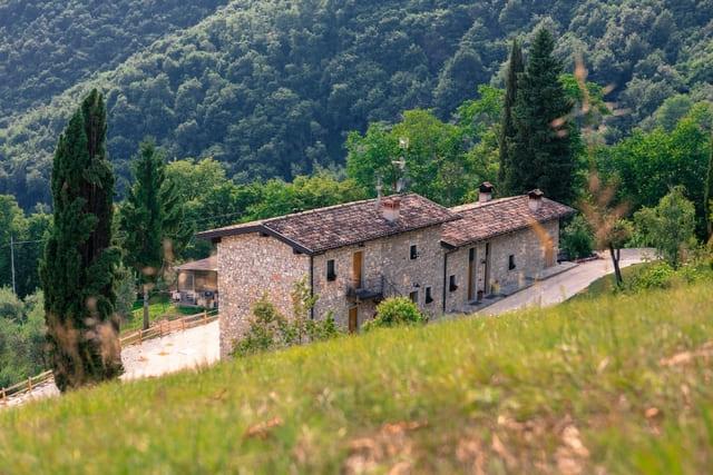 agriturismo-con-piscina-in-Lombardia-Il-Bagnolo-Eco-Lodge