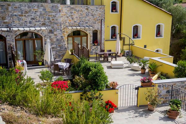 Agriturismo-Antico-Frantoio-Doria-Resort-in-Imperia