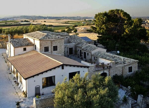 Agriturismo-Baglio-San-Nicola