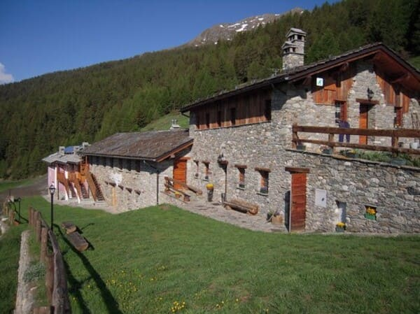 Agriturismo-Les-Vieux-Alpages-in-Val-dAosta