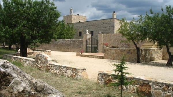 Agriturismo-Masseria-Storica-Pilapalucci-a-Bari