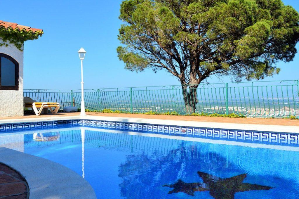 migliori-agriturismi-in-umbria-con-piscina