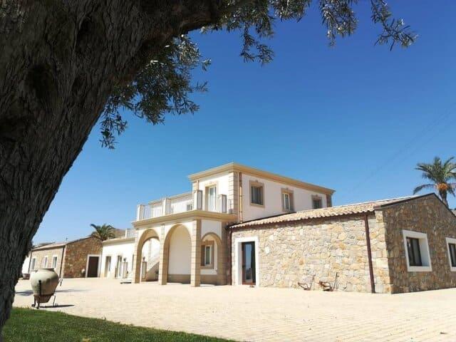 Agriturismo-Borgo-Ginuga