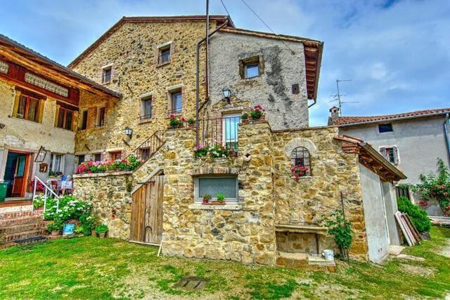 Agriturismo-Antico-Borgo