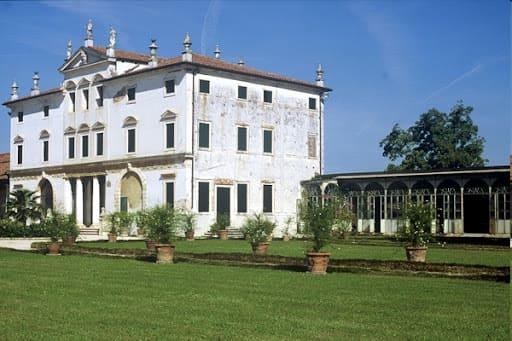 Agriturismo-Villa-Ghislanzoni